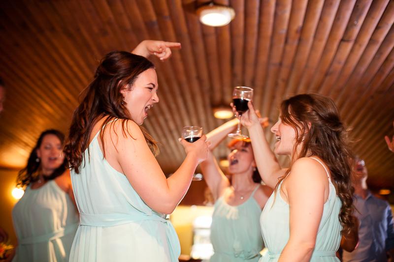 danielle-hayden-featherbed-wedding-21